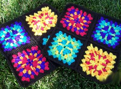 Granny-Square-Pucker-Purse-7
