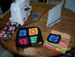 Granny-Square-Pucker-Purse-8