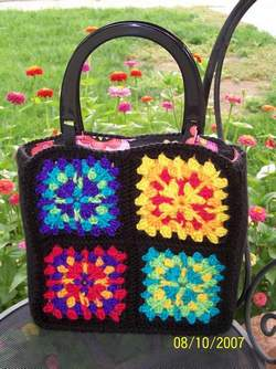 Granny Square Bag Pattern Free : Free Pattern Granny Square Pucker Purse - Marly Bird
