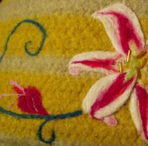 Needle felting - stargazer lily